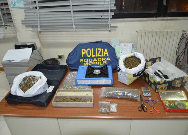 Nascondeva in casa hashish e marijuana, arrestato nel reggino