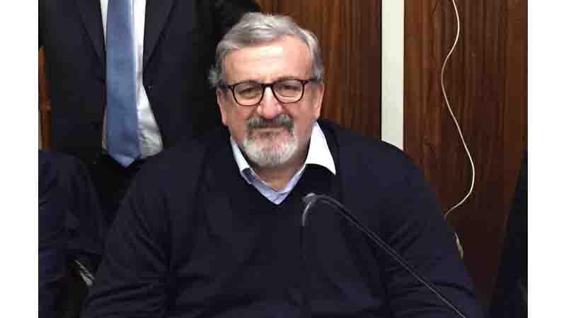 Riconversione dei punti di primo intervento in Puglia: il governatore Emiliano nella bufera